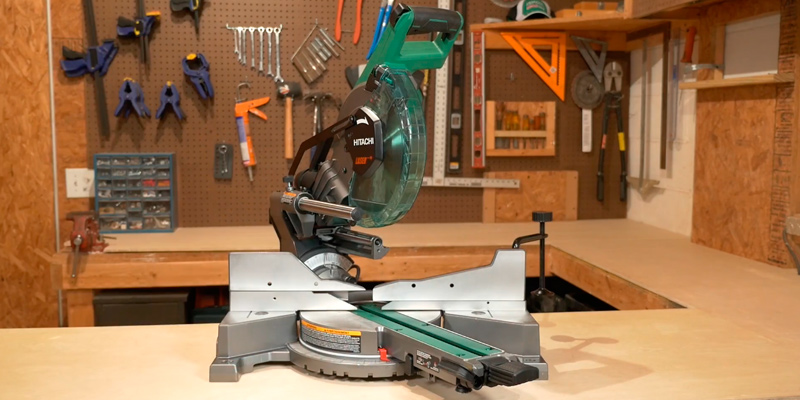 Review of Hitachi C10FCE2 10'' Single Bevel Compound Miter Saw