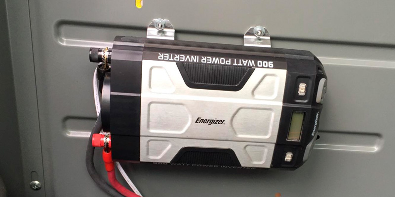Detailed review of Energizer Power Inverter 12V DC to AC