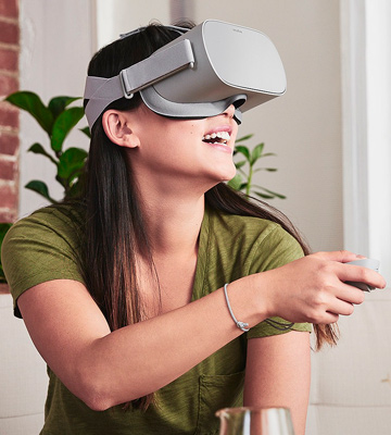 Review of Oculus Go Standalone Virtual Reality Headset