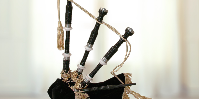 Review of Mid-East BBGDB Roosebeck Full Size Sheesham Black Finish Bagpipe