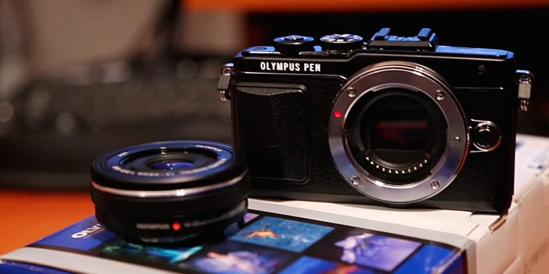 Review of Olympus E-PL7 16MP Mirrorless Digital Camera