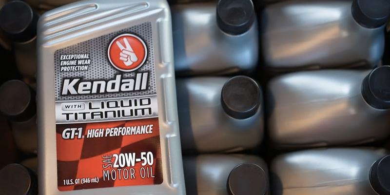 Kendall GT-1 High Performance 20W-50 with Liquid Titanium in the use