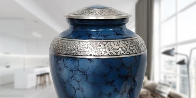 Memorials4u Elite Cloud Blue and Silver Cremation Urn in the use