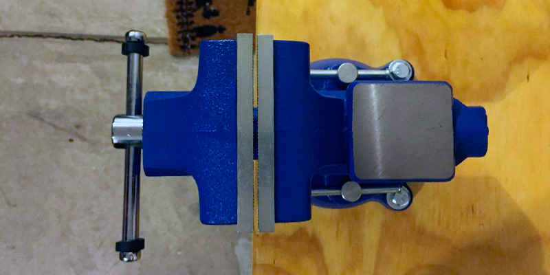 Detailed review of Yost Tools 445 Pipe and Bench Vise