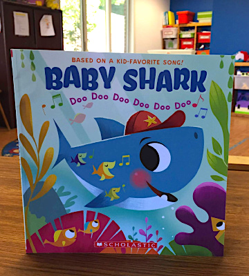 Review of Cartwheel Books Paperback A Baby Shark Book