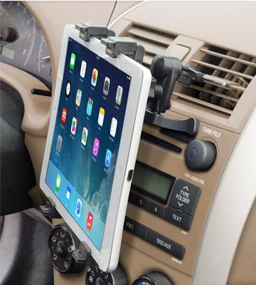 Review of Okra Universal Tablet Air Vent Car Mount Holder with 360° Rotating swivel