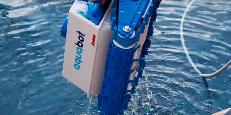 5 Best Robotic Pool Cleaners Reviews Of 2019 Bestadvisor Com