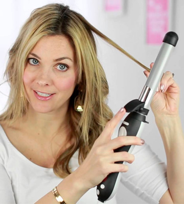 Review of Beachwaver Co. S1 Rotating Curling Iron