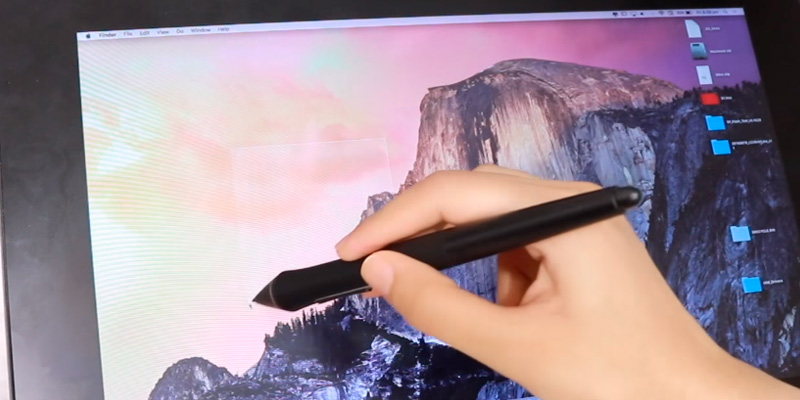 "Wacom Cintiq Pro (DTH1320AK0) 13"" Creative Pen Display with Link Plus in the use"