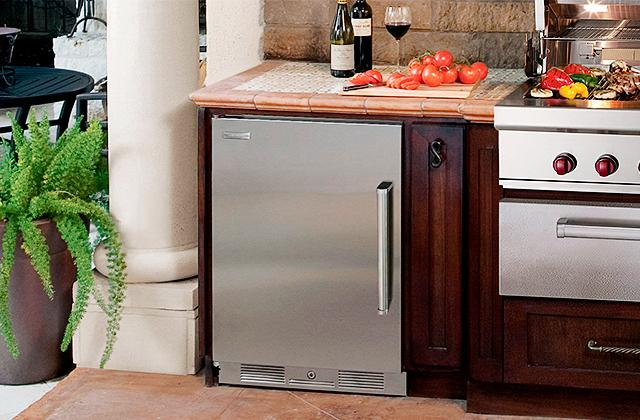 Comparison of Compact Refrigerators