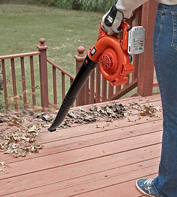 Review of Black and Decker LSW20 Lithium Ion Cordless Sweeper Leaf Blower