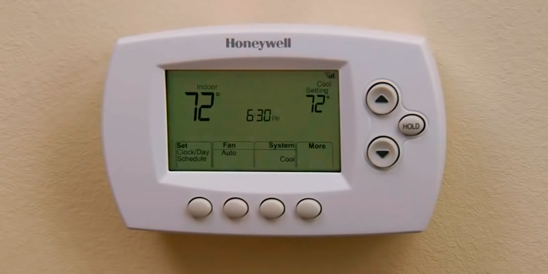 Review of Honeywell RTH6580WF Wi-Fi 7-Day Programmable Thermostat