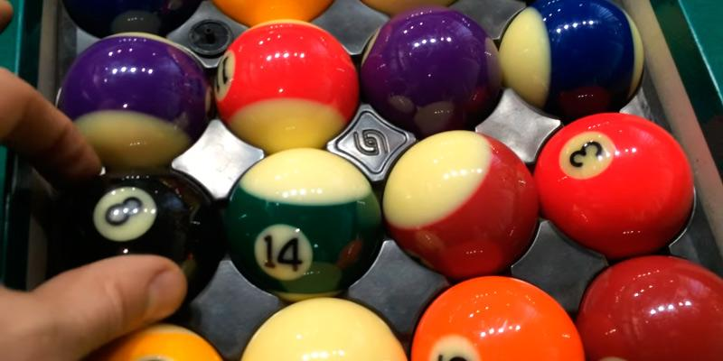 Aramith Premium Billiard/Pool Complete 16 Ball Set in the use