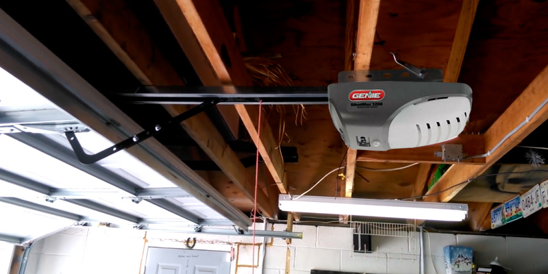 Review of Genie 4042-TKH SilentMax Belt Drive Garage Door Opener