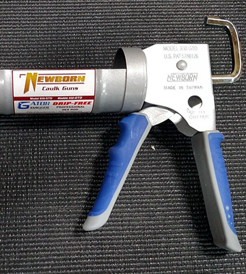 Review of Newborn Brothers Caulking Gun (930-GTD) Gator Trigger Comfort Grip