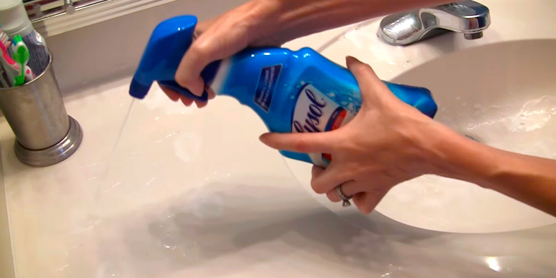 Review of Lysol Power$Free Bathroom Cleaner Bleach Free Hydrogen Peroxide Bathroom Cleaner Spray, Fresh