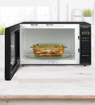 Review of Panasonic NN-SN736B Countertop Microwave Oven with Inverter Technology
