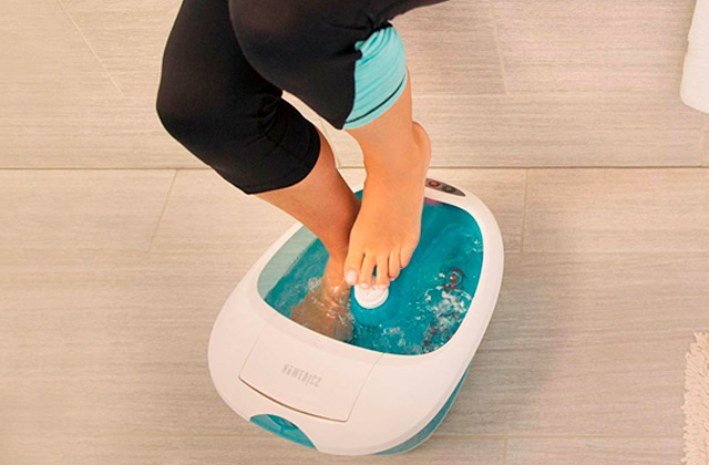 Best Foot Baths to Cleanse, Relax, and Soothe Your Feet