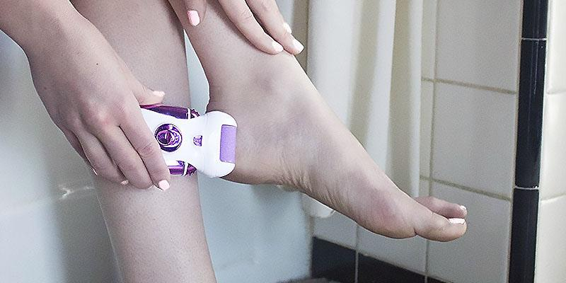 Naturalico Electric Callus Remover and Shaver in the use