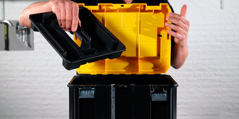 Review of DEWALT DWST17814 Deep Toolbox with Long Handle