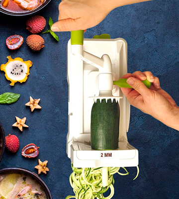 Review of Brieftons 7-Blade Spiralizer