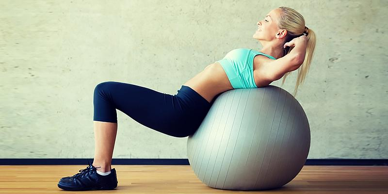 UR Superior Fitness Exercise Ball with Bands in the use