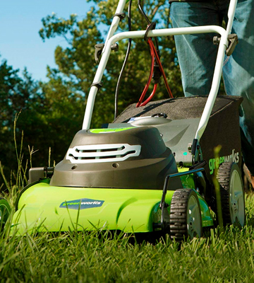 Review of GreenWorks 25022 Corded Lawn Mower