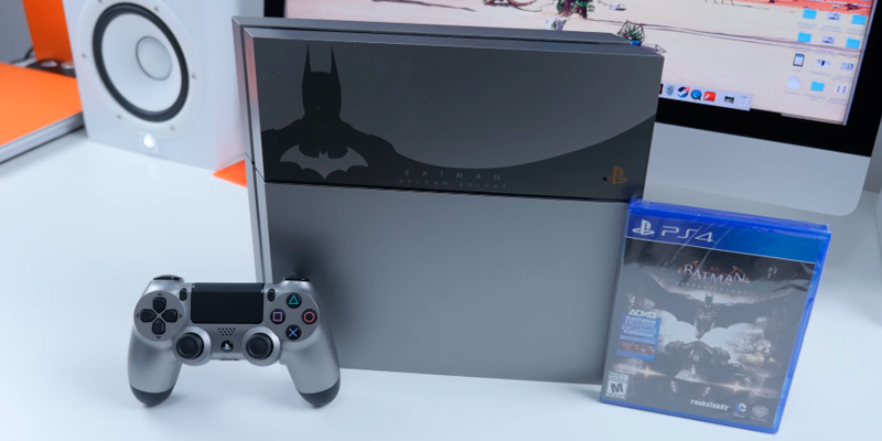 Sony PlayStation 4 Console Batman Arkham Knight Bundle Limited Edition in the use