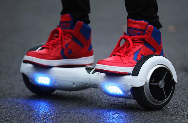 Best Hoverboards to Move With Trend