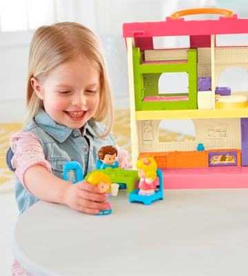Review of Fisher-Price DFN41 Little People Surprise & Sounds Home
