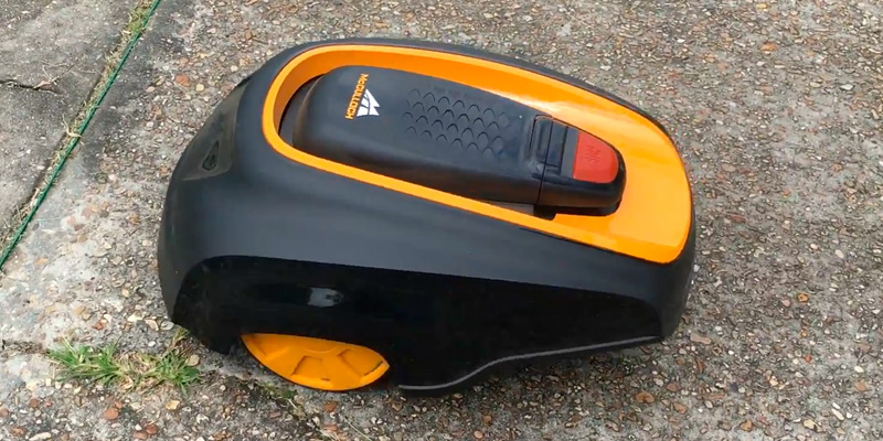 Review of McCulloch ROB 1000 Programmable Robotic Lawn Mower
