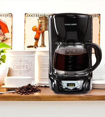 Review of BLACK+DECKER DLX1050B Programmable Coffeemaker