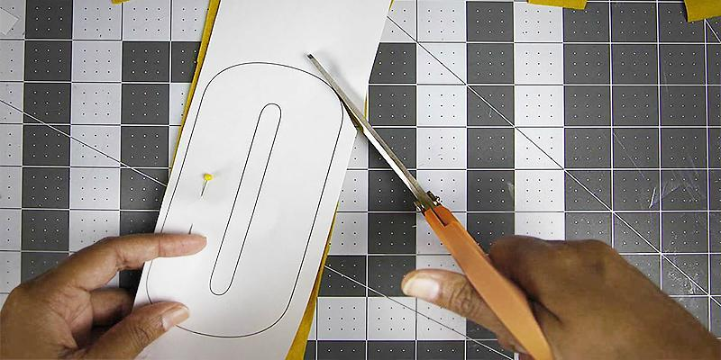 Review of Fiskars Self Healing Rotary Cutting Mat