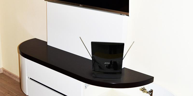 VECTORCOM 50 Miles Range Amplified HDTV Antenna in the use