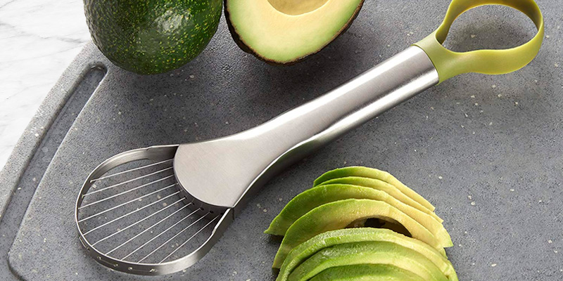 Review of Amco 8685 2-in-1 Avocado Slicer and Pitter