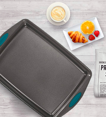 Review of Rachael Ray 3-Piece Steel Baking Sheet Set