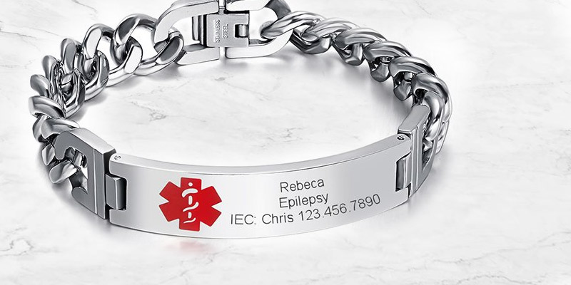 Review of VNOX BR-102 Medical Alert ID Bracelet Free Engraving