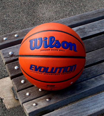 Review of Wilson Indoor Game Ball Evolution Game Basketball