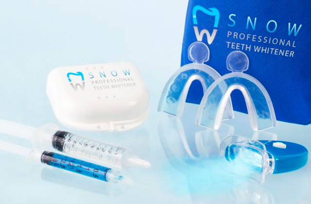 Comparison of Teeth Whitening Kits