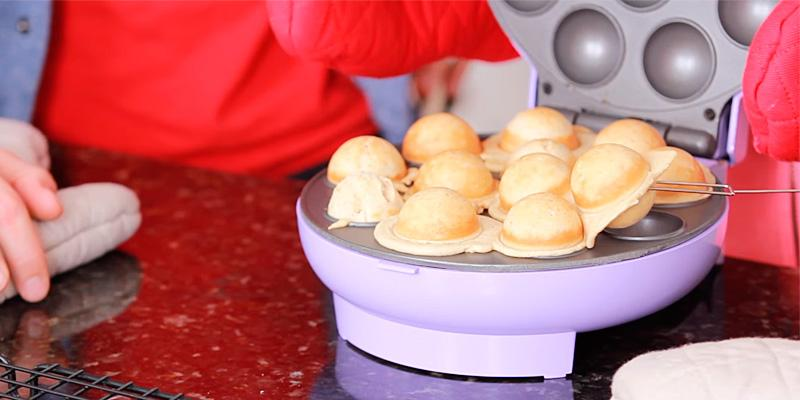Detailed review of Baby Cakes CPM-20 Mini Cake Pop Maker