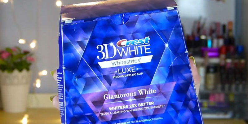 Crest Glamorous White Teeth Whitening Kit in the use
