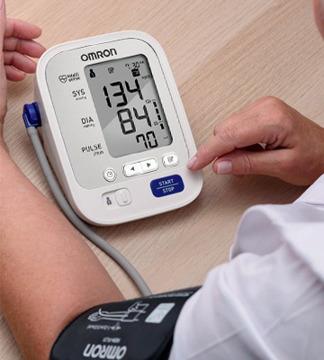 Review of Omron BP742N 5 Series Upper Arm Blood Pressure Monitor with Cuff that fits Standard and Large Arms