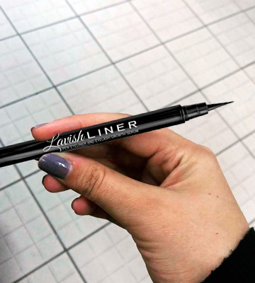 Review of Pronexa Lavish Liner 2-in-1 Precision Liquid Eyeliner Pen
