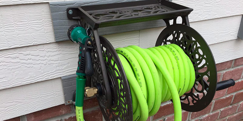 Review of Liberty Garden Products Cast Aluminum Wall Mount Garden Hose Reel