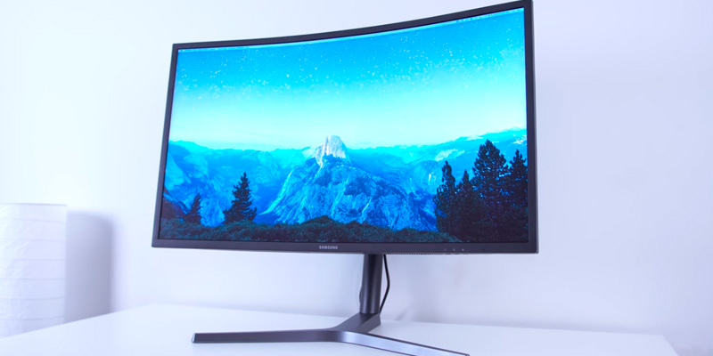 "Review of Samsung C32HG70 32"" HDR QLED Curved Gaming Monitor (144Hz / 1ms)"