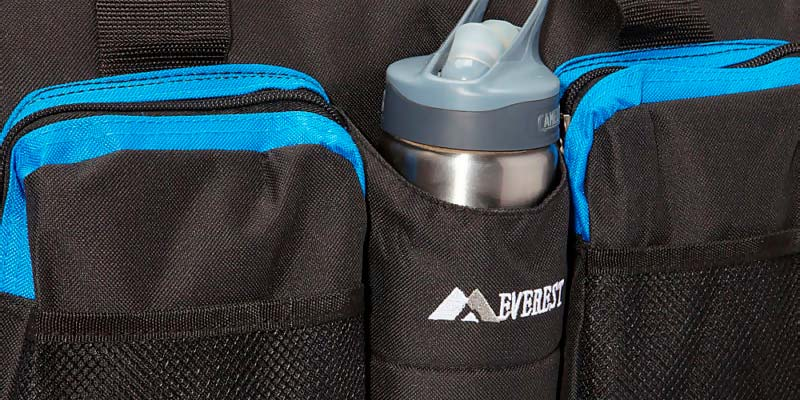 202948b11b Detailed review of Everest S223-BK Gym Bag with Wet Pocket