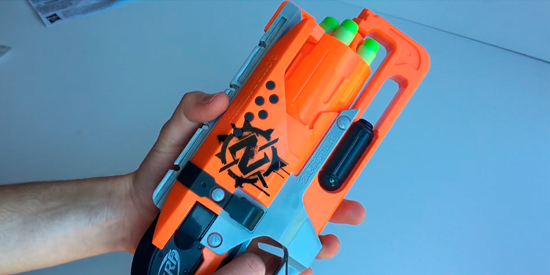Review of Nerf A4325 Zombie Strike Hammershot Blaster