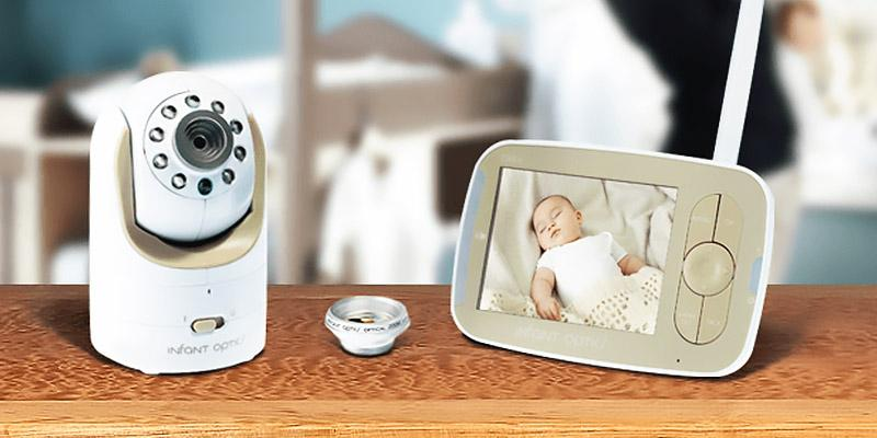 Infant Optics DXR-8 Video Baby Monitor in the use