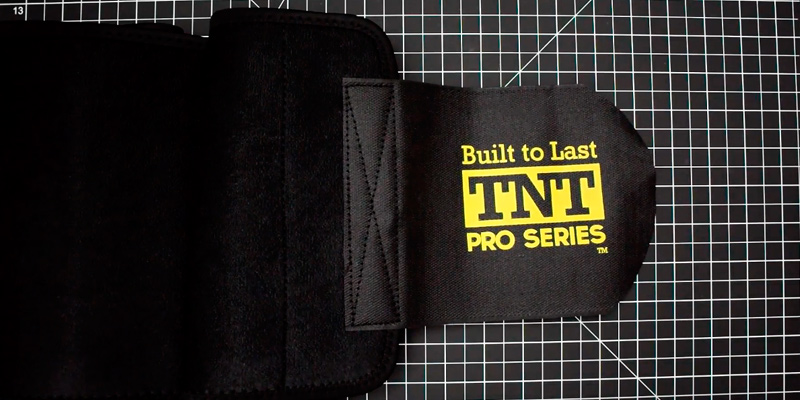 TNT Pro Series TNT-BELT-1 Waist Trimmer Weight Loss Ab Belt in the use