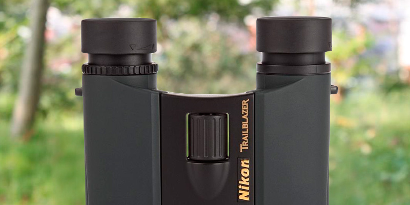 Review of Nikon 8218 Trailblazer 10x25 Hunting Binoculars